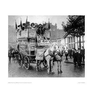 SUF001 Suffragettes Demonstration, London